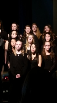 2014-2015 Choir_winter concert (16)